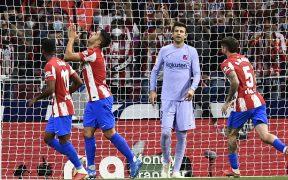 Suárez no festejó su gol, el del 2-0 ante Barcelona. (Foto: Reuters).
