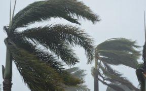 El huracán Sam se debilita en su camino hacia el Atlántico Norte