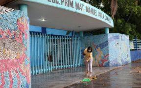 Escuelas de Acapulco lucen vacías pese a cambio de semáforo epidemiológico en Guerrero
