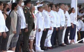 AMLO participa en los festejos por los 200 años de la creación de la Armada de México