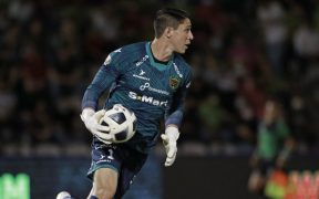 González fue la figura al detener un penalti que se repitió. (Foto: Mexsport).