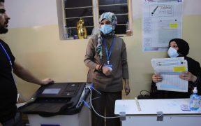 Irak cierra su espacio aéreo y fronteras durante elecciones parlamentarias