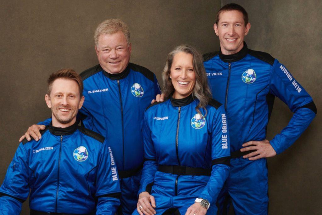 William Shatner de Star Trek llega al espacio a los 90 años; se convierte en la persona más longeva en salir de la Tierra