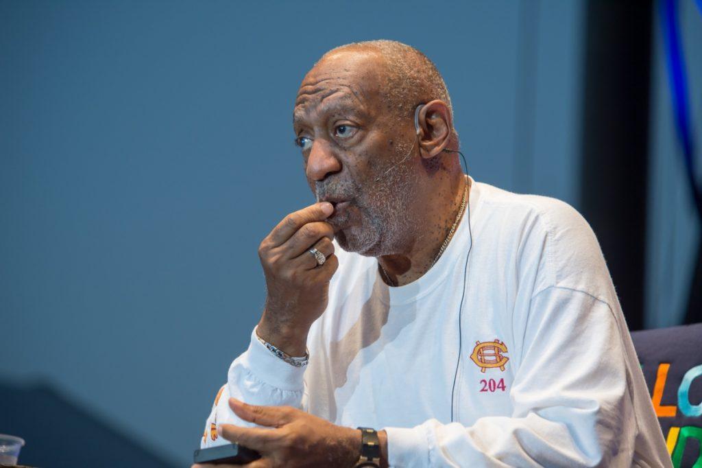 Presunta víctima de Bill Cosby levanta nueva demanda por abuso sexual en su contra