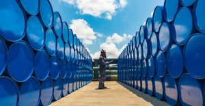 Tocan su máximo en 3 años los precios del petróleo: sobre 85 dólares por barril