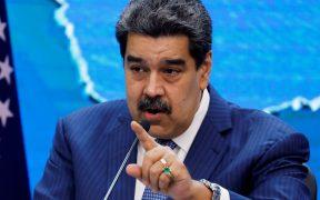 """Maduro acusa a EU de dar """"puñalada mortal"""" al diálogo con la oposición por caso contra Alex Saab"""