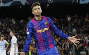 Gerard Piqué celebra el único gol del Barcelona. (Foto: Reuters).