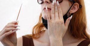 Dictan la primera sentencia en EU por el delito de invasión a una mujer que se negó a usar cubrebocas
