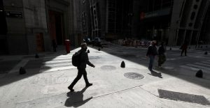 FMI prevé que las tasas de interés en América Latina continúen altas en 2021