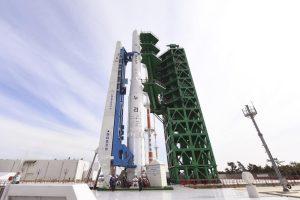 Cohete construido por Corea del Sur presenta falla en su primera prueba de lanzamiento