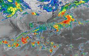 """""""Rick"""" evoluciona a huracán categoría 1 en costas de Guerrero y Colima"""