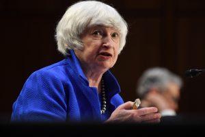 Janet Yellen dice que EU no está perdiendo el control de la inflación pese a problemas de suministros