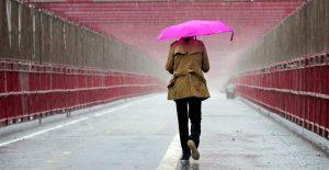 Lluvias y vientos azotan el noreste de EU; hay alertas por inundaciones