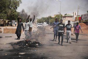 La Unión Africana suspende de forma ''inmediata'' a Sudán de todas sus actividades tras golpe de Estado
