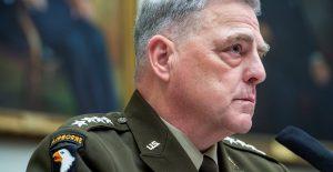 """Prueba de arma hipersónica china es """"preocupante"""" para EU, considera el general Mark Milley"""